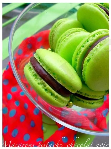 Macarons pistache-chocolat noir4