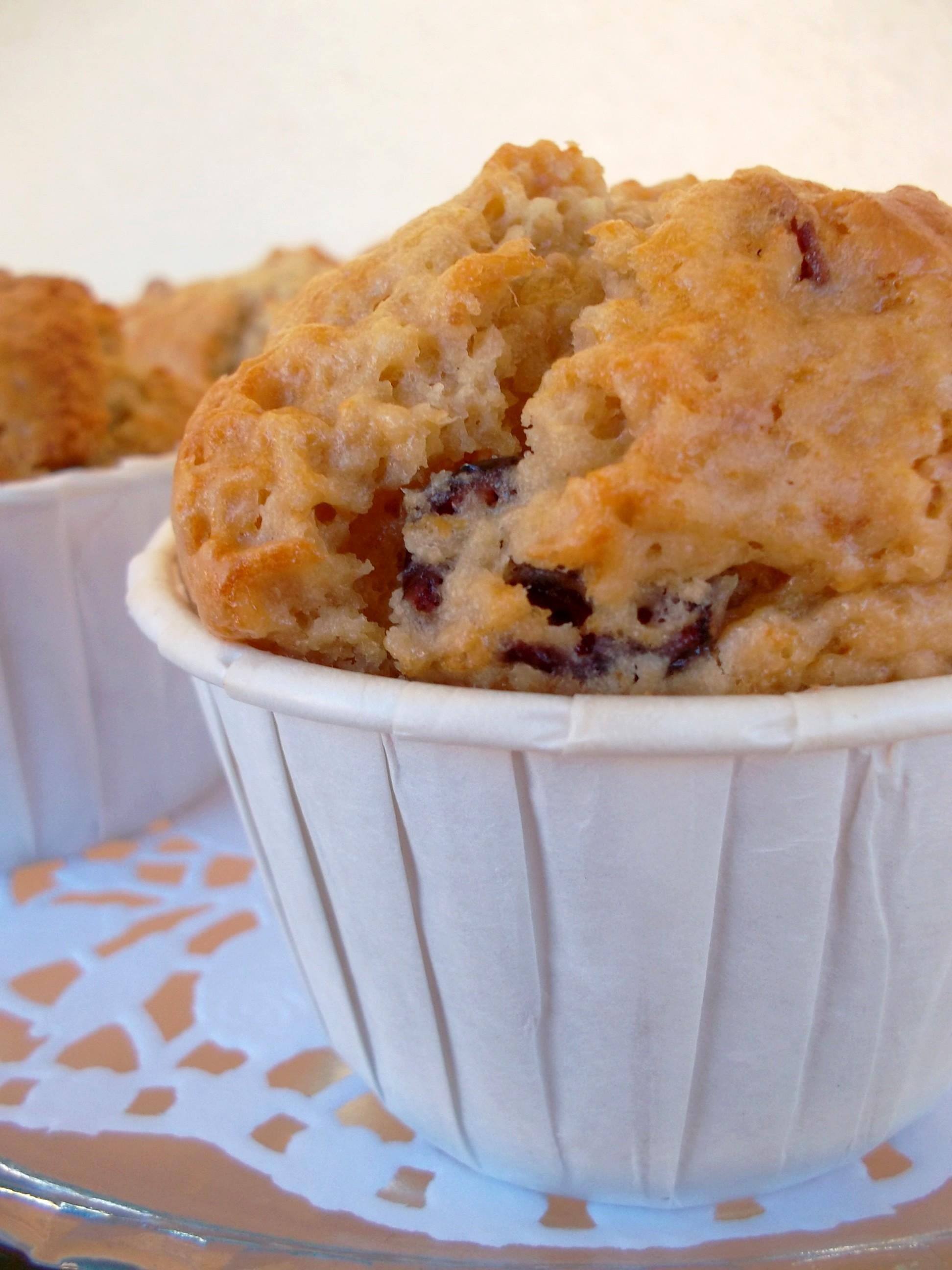 Muffins beurre de cacahu+¿tes et cranberries