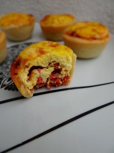 Mini tartelettes catalanes safran, chorizo et poivron grillé